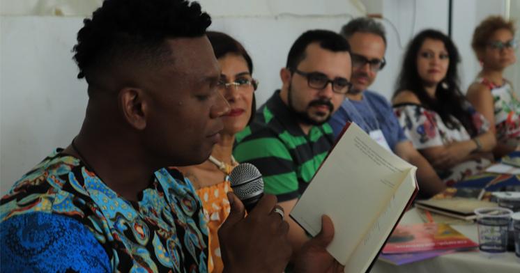 I Festa Literária de Amargosa é uma realização da UFRB e da Prefeitura de Amargosa que reúne escritores, artistas e amantes da leitura.